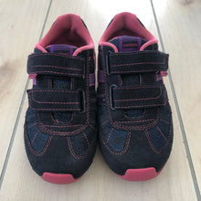 Load image into Gallery viewer, Pediped Gehrig Flex Sneaker Size 12.5-13