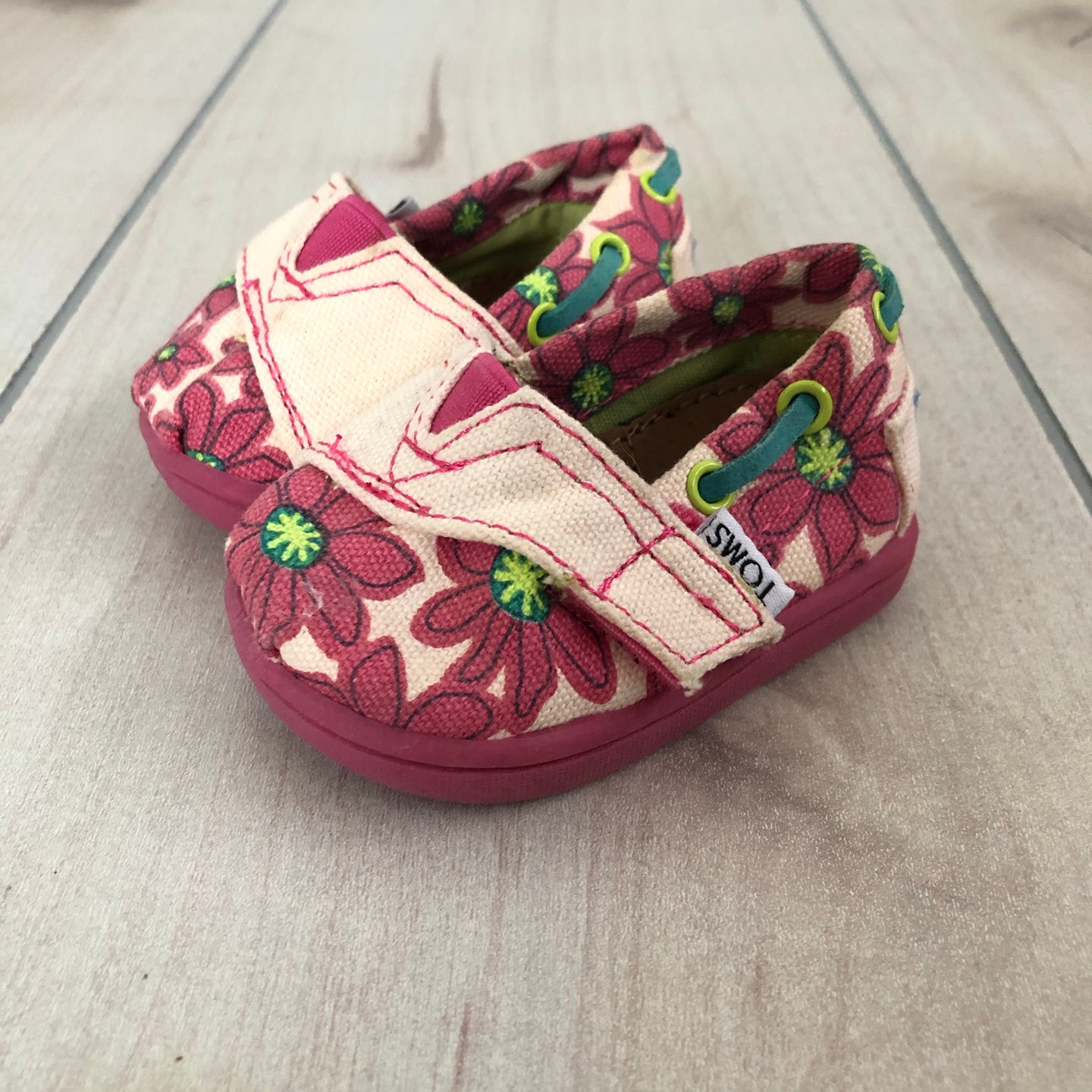 Toms infant Girls shoes T 2