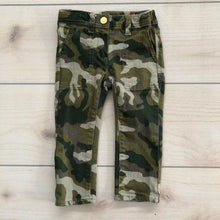 Load image into Gallery viewer, Crewcuts Camo  Straight Leg Jeans Size 3