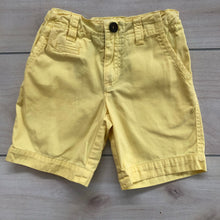 Load image into Gallery viewer, Boys Mossimo Dutti Shorts Size 4