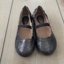 Load image into Gallery viewer, Bloch Sparkle Ballet Flats size 7