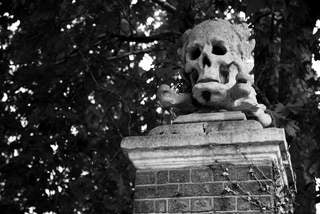 Deptford Green, St. Nicholas Church, Skull, Landscape