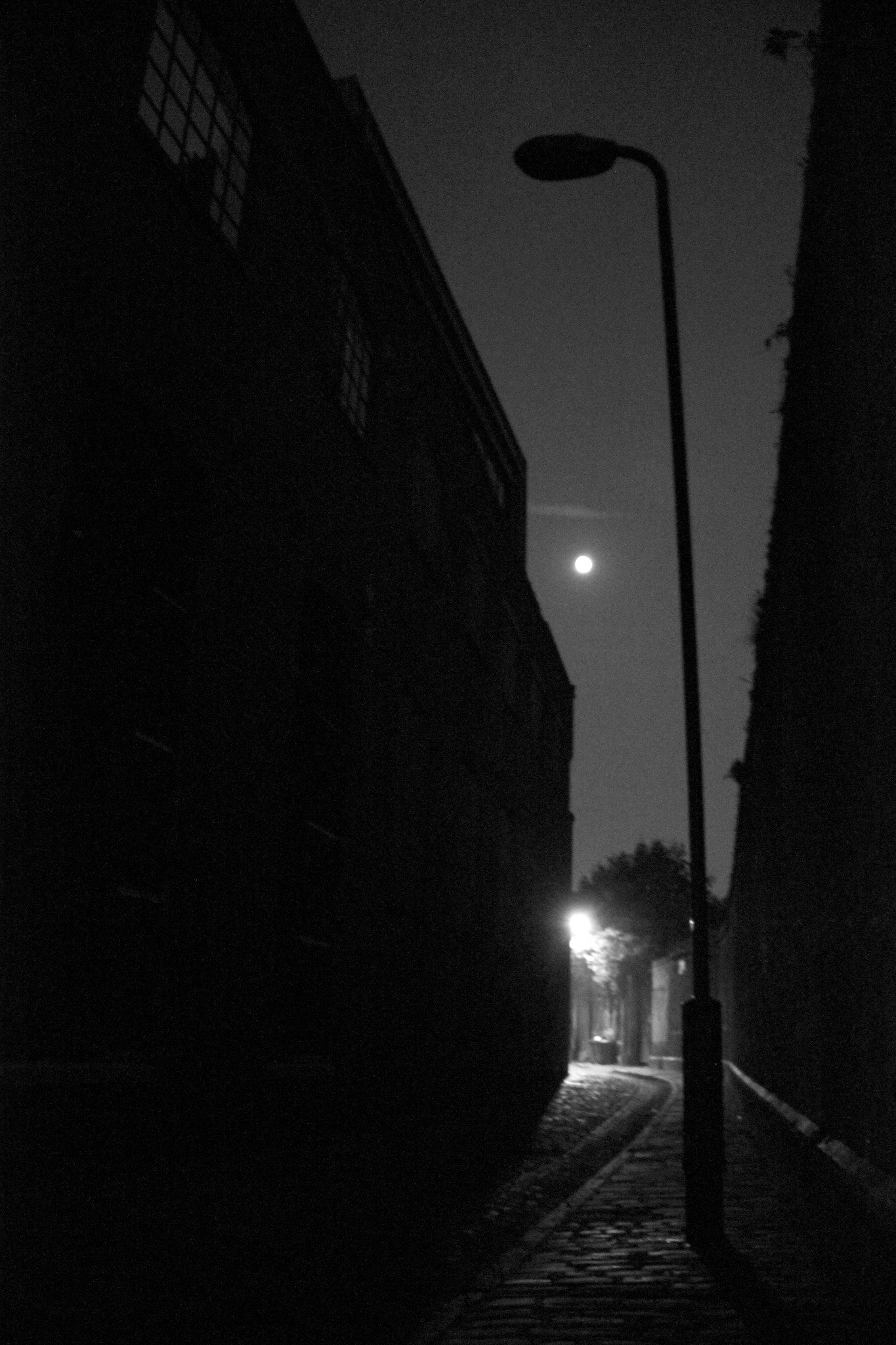 Deptford by Moonlight, Watergate Street