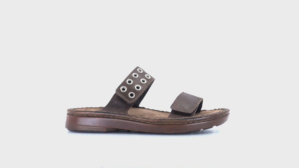 Alameda Riveted Slide Sandal