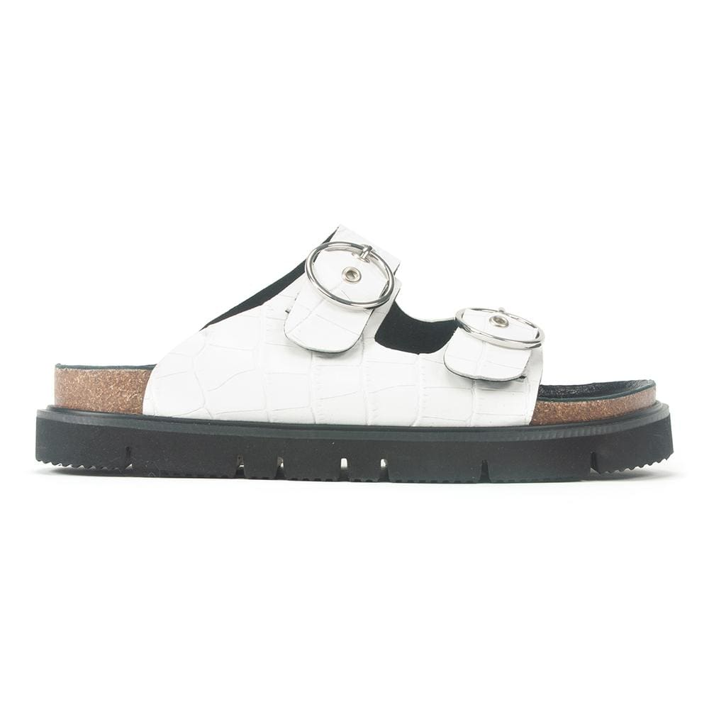 Circle Buckle Lowform Sandal