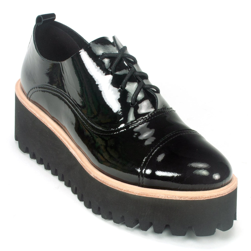 All Black Flatform Tread Women's Patent Leather Oxford Black | Simons Shoes