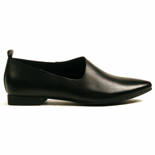 All Black Side Scoop II Loafer | Leather Slip In Shoe | Simons Shoes