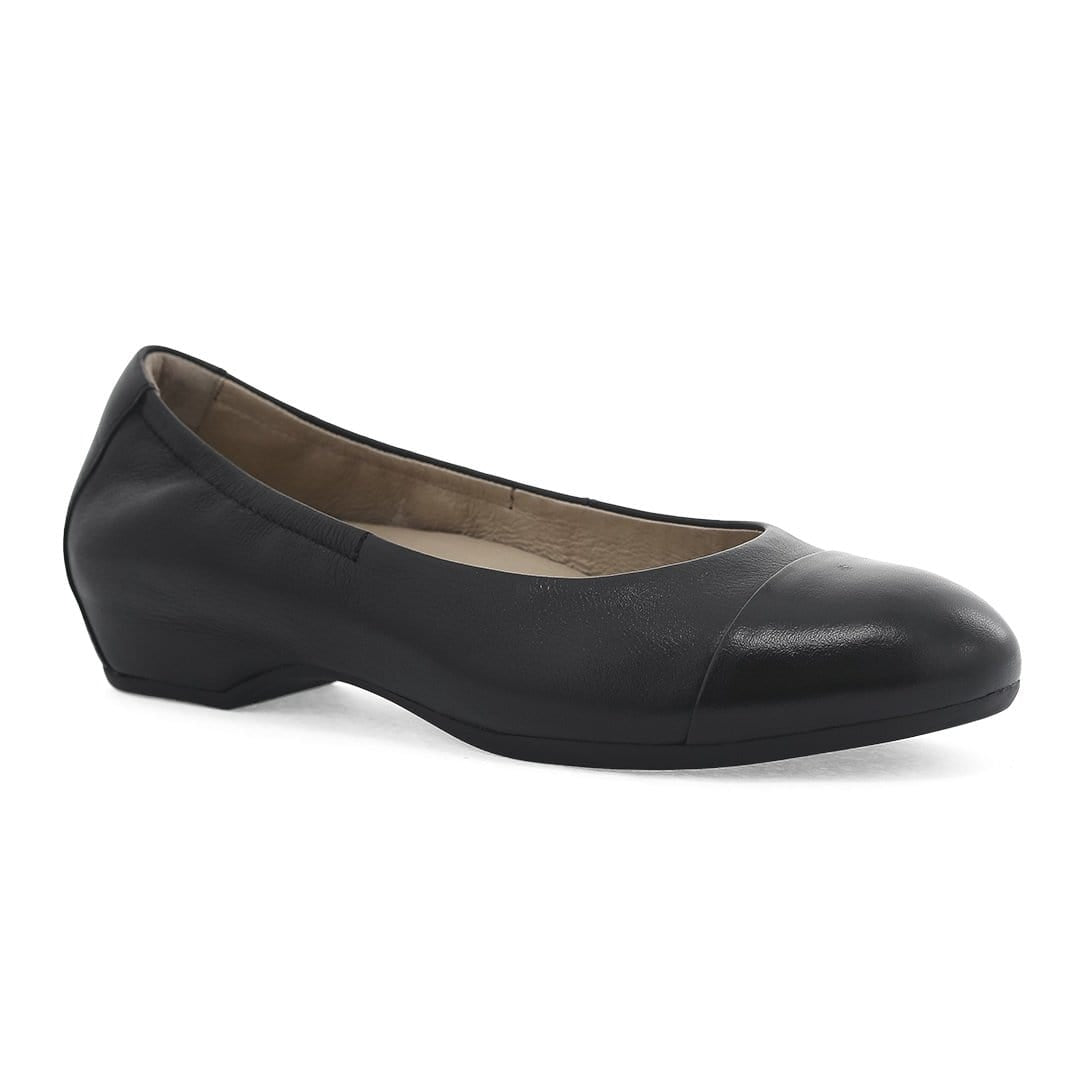 Dansko Lisanne Women's Leather Hidden Wedge Cap Toe Flat Shoe