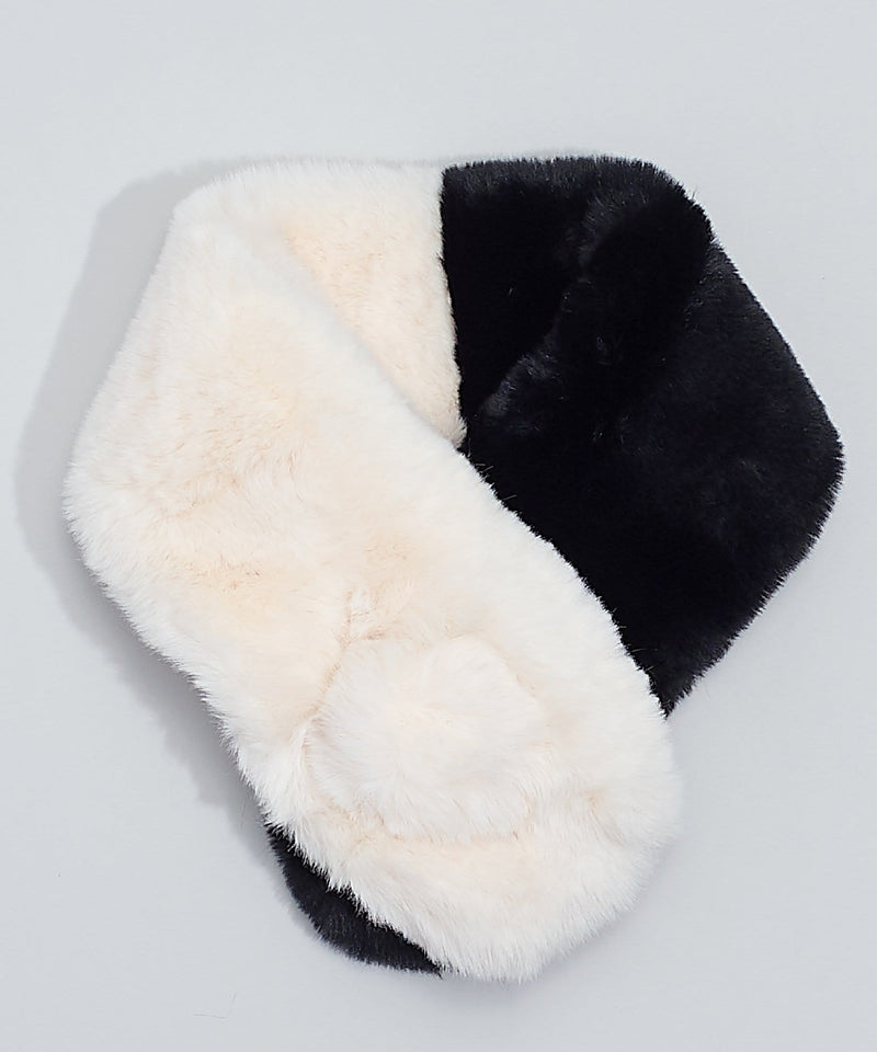 Pull Through Neck Warmer With Pom (ECO357)