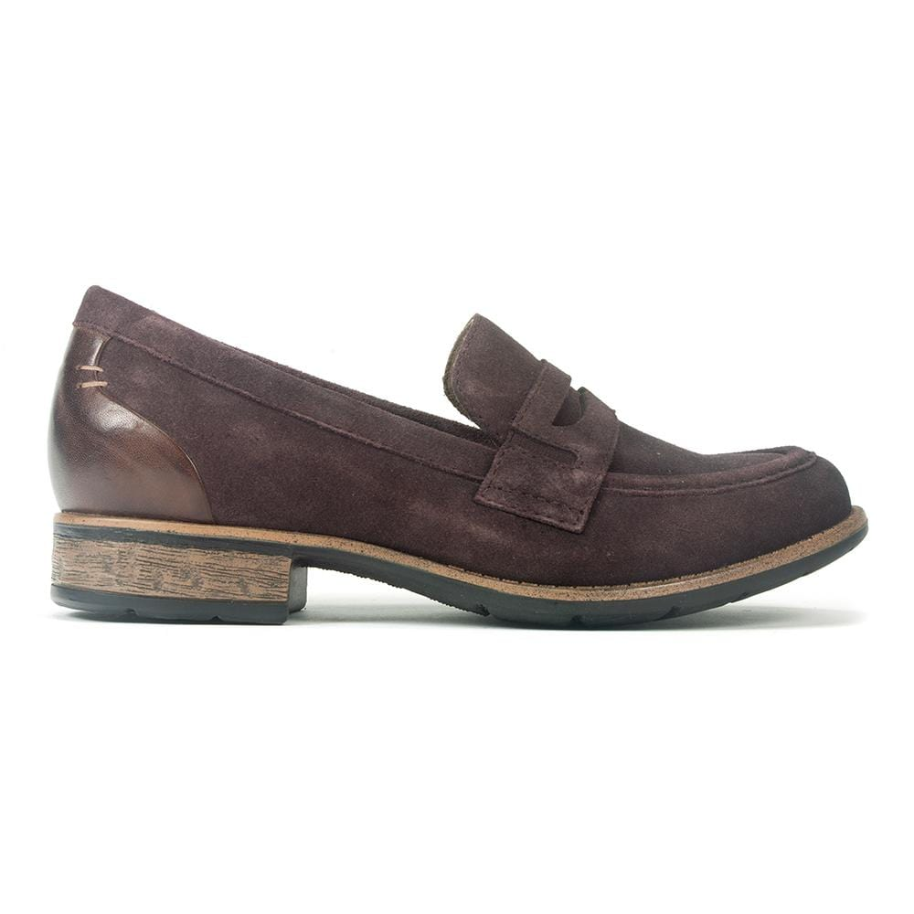 Earth Barcelona Loafer | Women's Comfortable Suede Work Shoe | Simons