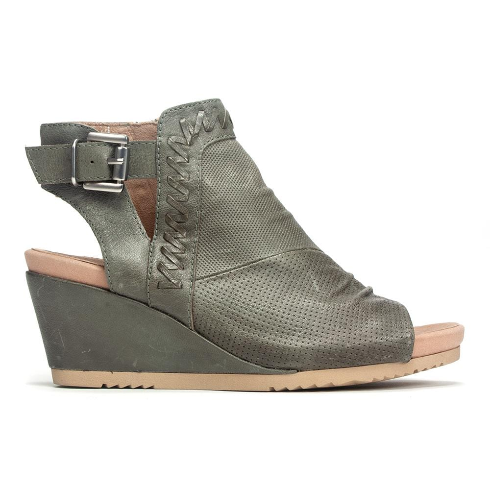 Earth Bonaire Wedge Sandal - Leather Open Toe Wedge - Simons Shoes