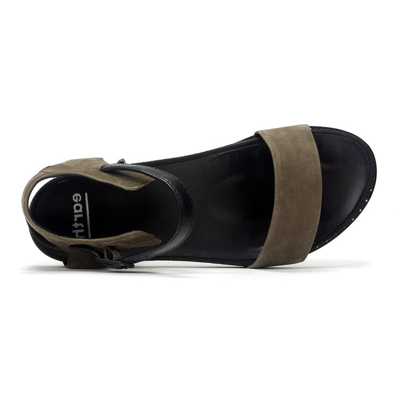 Earth Footwear Women's Cameo Leather Flat Sandal Shoe - Simons Shoes