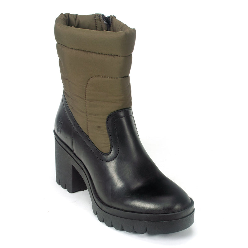 Fly London Women's Edgy Contrast Platform Boot Black/Tan | TYKE661 | Simons Shoes