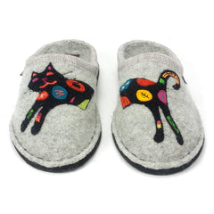 Haflinger wool slippers with rainbow spotted cat applique