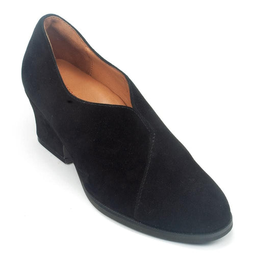 L'Amour Des Pieds Jesicca Women's Suede Slip On Comfy Block Heel Shoe