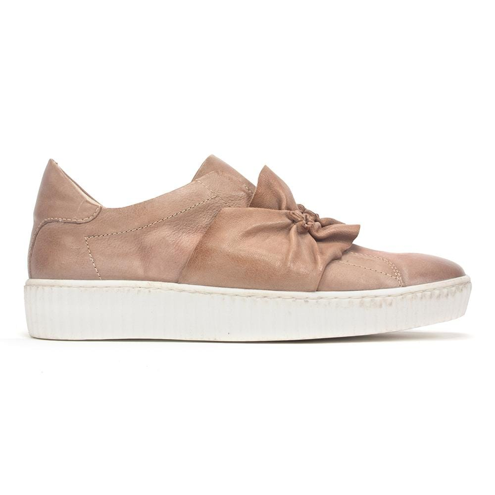 Miz Mooz Shoe - Women's Orbit Ruched Leather Slip-On Sneaker | Simons