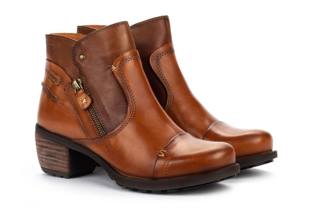 Pikolinos Le Mans Zipper Detail Ankle Bootie (838-8991) Brandy | Simons Shoes