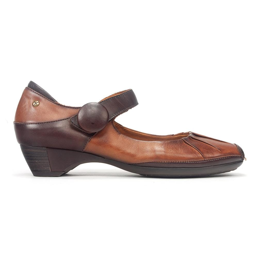 Pikolinos 849-5847C1 Women's Pleated Leather Mary Jane Low Heel Shoe