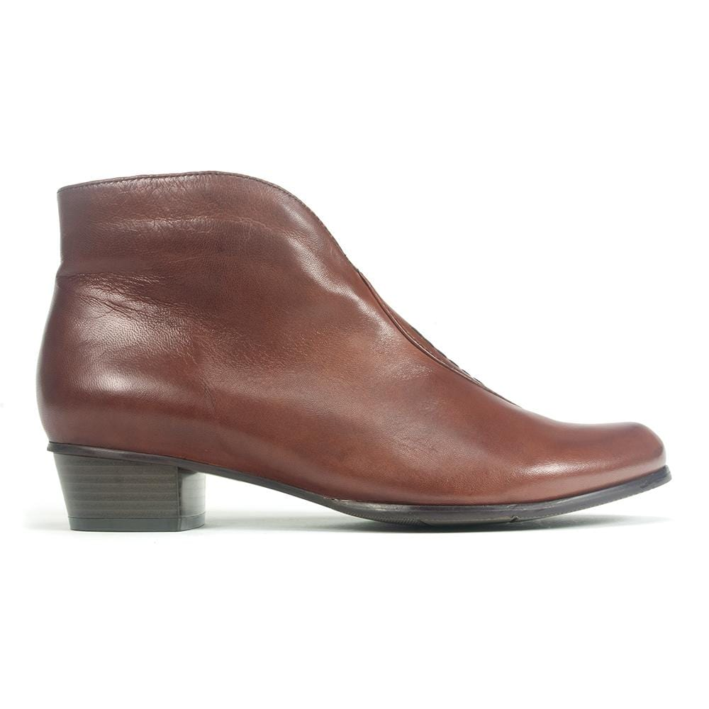Regarde Le Ciel Stefany-21 Bootie | Women's Leather Geometric Heel