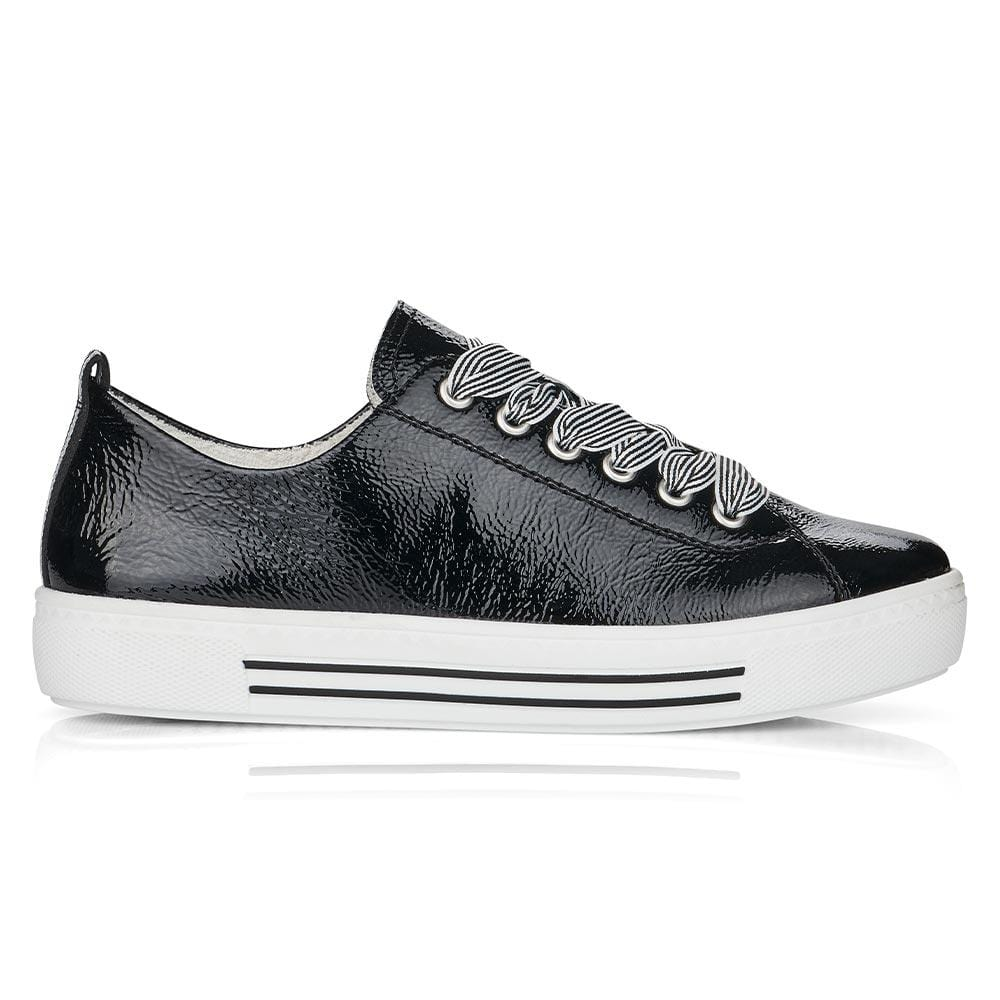 Low Top Sneaker (D0900)