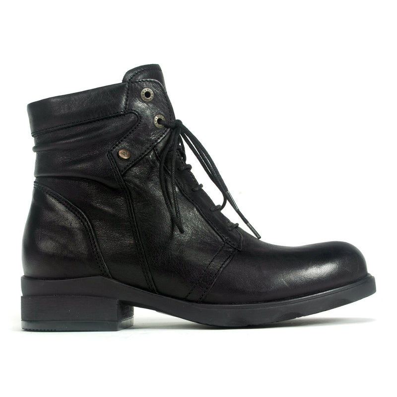Wolky Center Women's Waterproof Leather Lace Up Boot | Simons Shoes