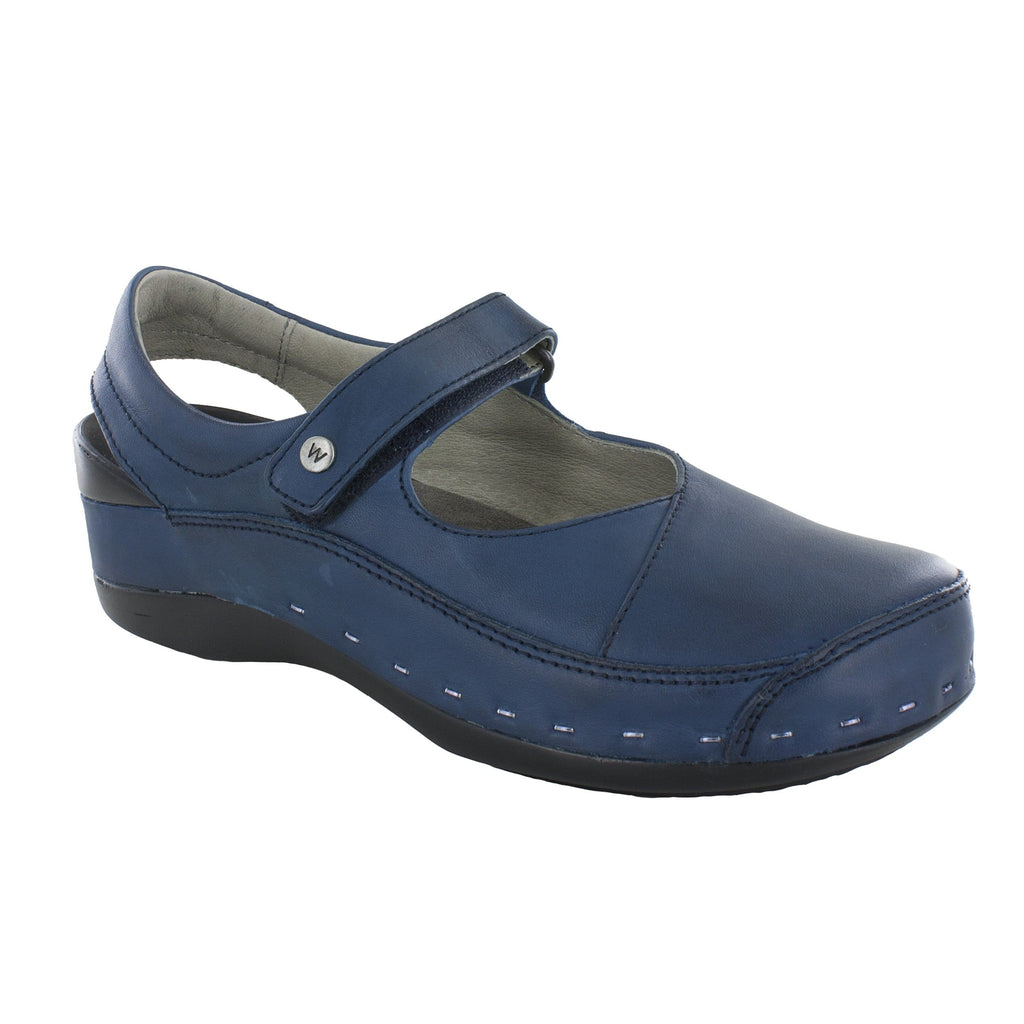 Wolky Strap Cloggy 6015 | Women's Leather Memory Foam Clog | Simons