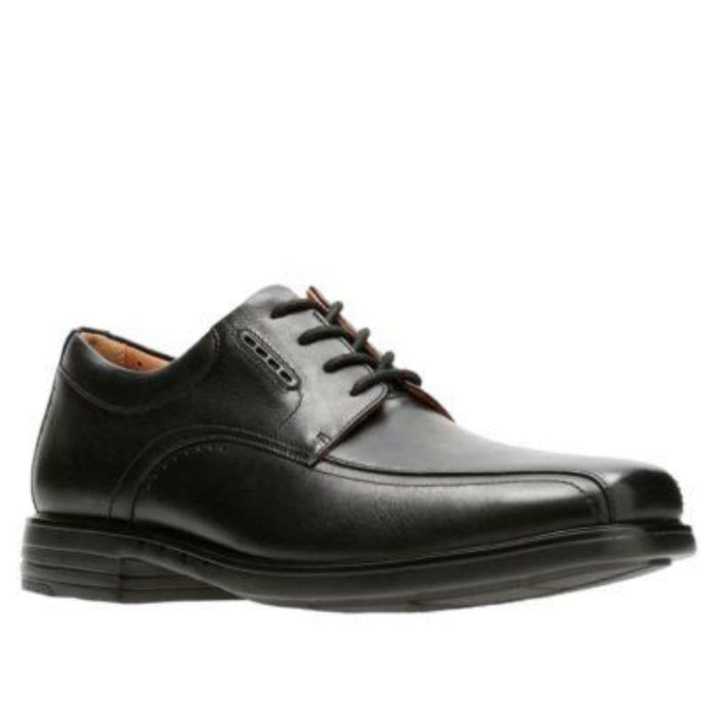 Clarks Leather Dress Shoe | Men's Unkenneth Way Lace Up | Simons Shoes