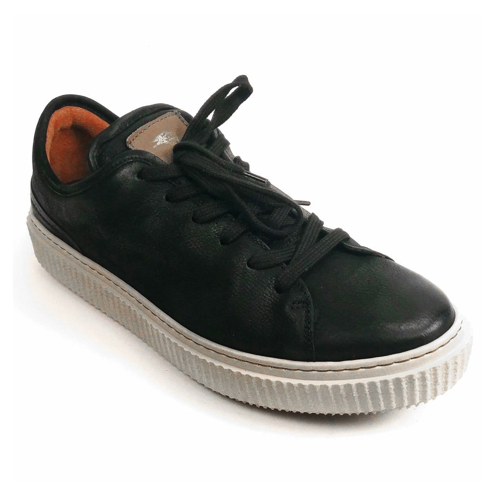 MJUS Men's Sergio Italian Leather Comfort Urban Sneaker | Simons Shoes