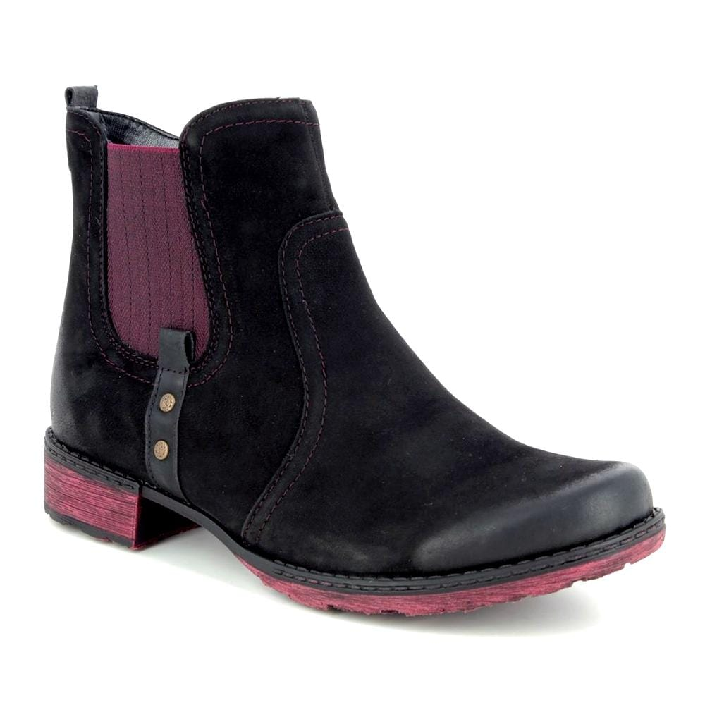 Leather Comfort Chelsea Boots