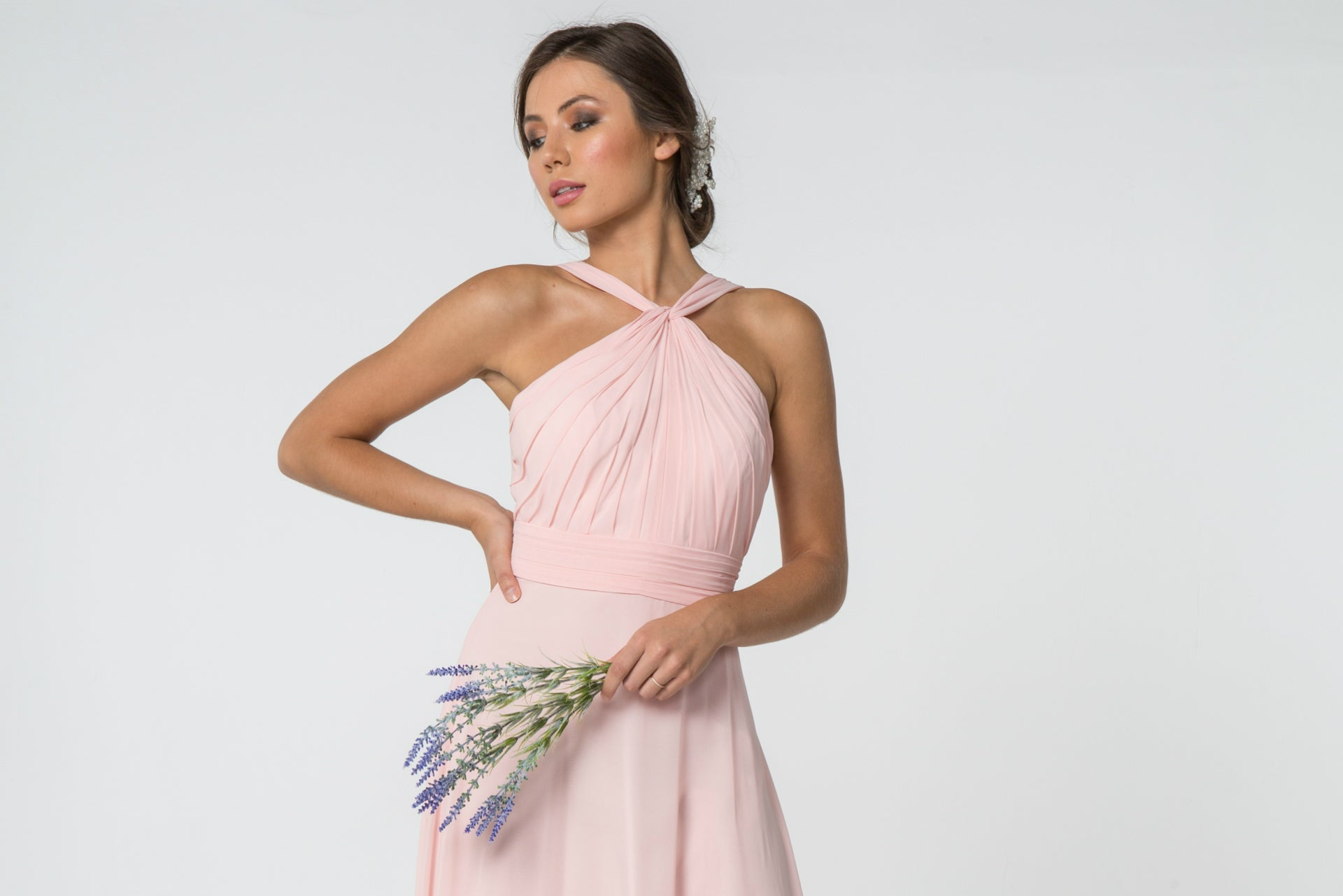 Plain dresses: simple and sexy