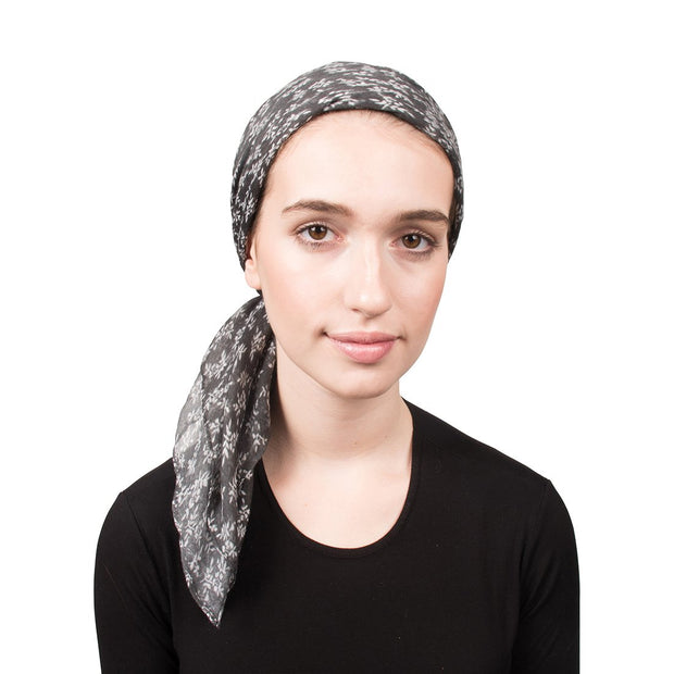 Headscarf with Small Flowers