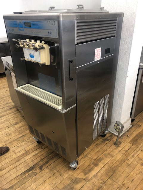 Reconditioned/Used: H84-27, Soft Serve Machine W/ Flavor Blaster, Taylor