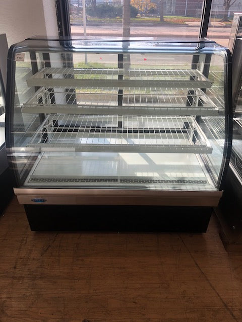 Reconditioned/Used: Federal Industries, ECGD-50, Dry Display Case