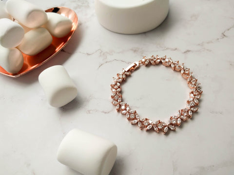 Anniversary subscription - Rose gold Bracelet with gift box + Anniversary card