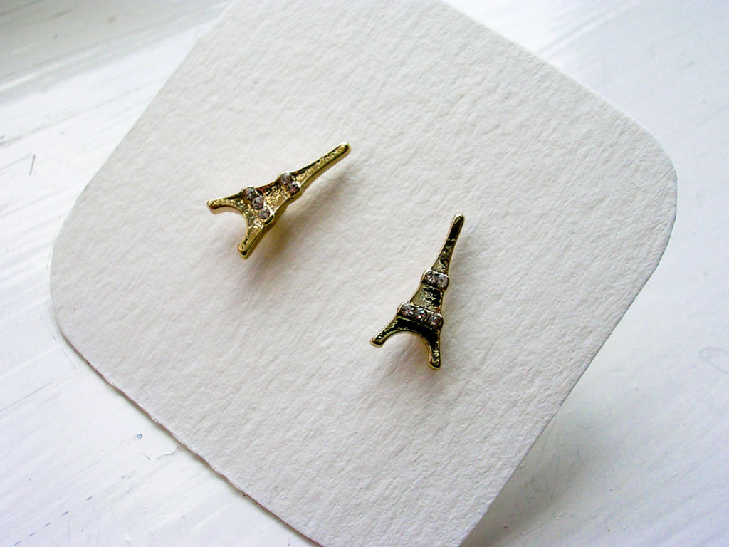Eiffel tower, Paris studs shaped, golden color, rinhestones