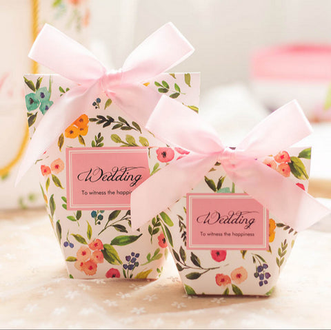 30 Pcs Pink Floral Printed Wedding Favors Candy Boxes