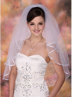 Bachelorette party Bridal Veil 2 Tiers with comb