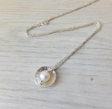 Load image into Gallery viewer, Silver Pearl Necklace