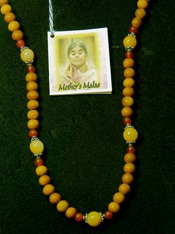 Sandalwood, yellow jade and carnelian mala