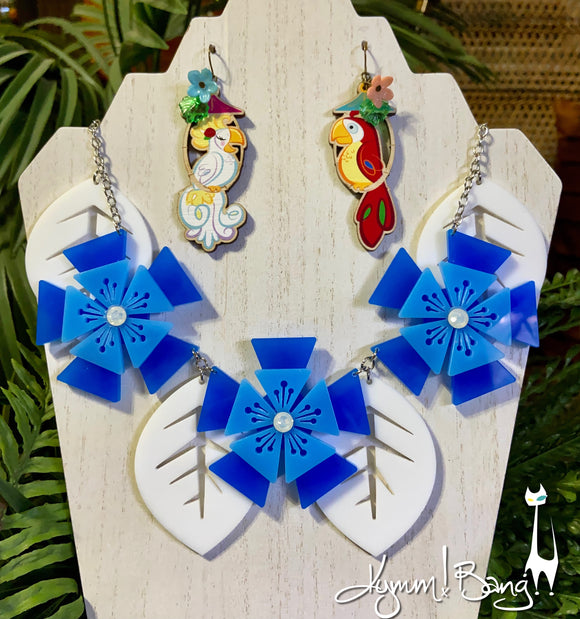 Aloha Blossom Necklace - Blue and White
