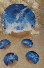 Load image into Gallery viewer, Geode Slice Ocean Tray and Coaster Set