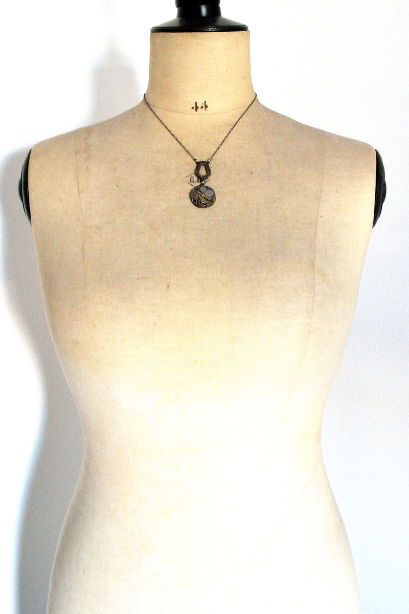 products/AntiquedSilverSteampunkNecklace1.jpg