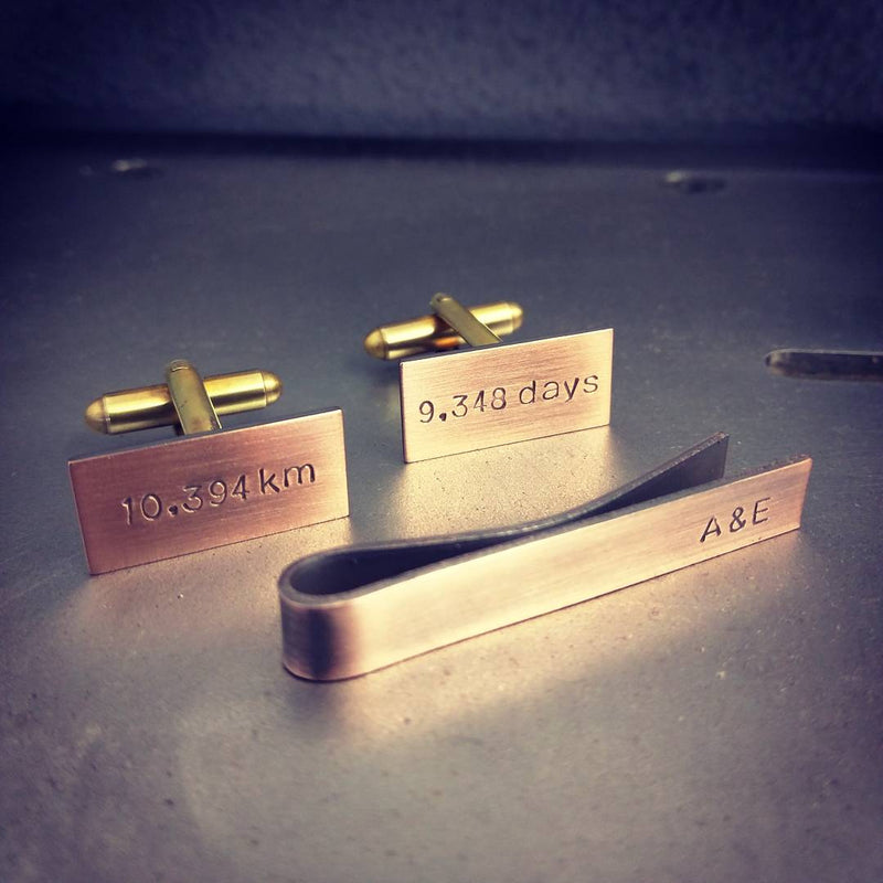 products/Copper_Cuff_Links_Tie_Bar_Set_d1367561-1640-4434-893e-6cc50016e1f7.jpg