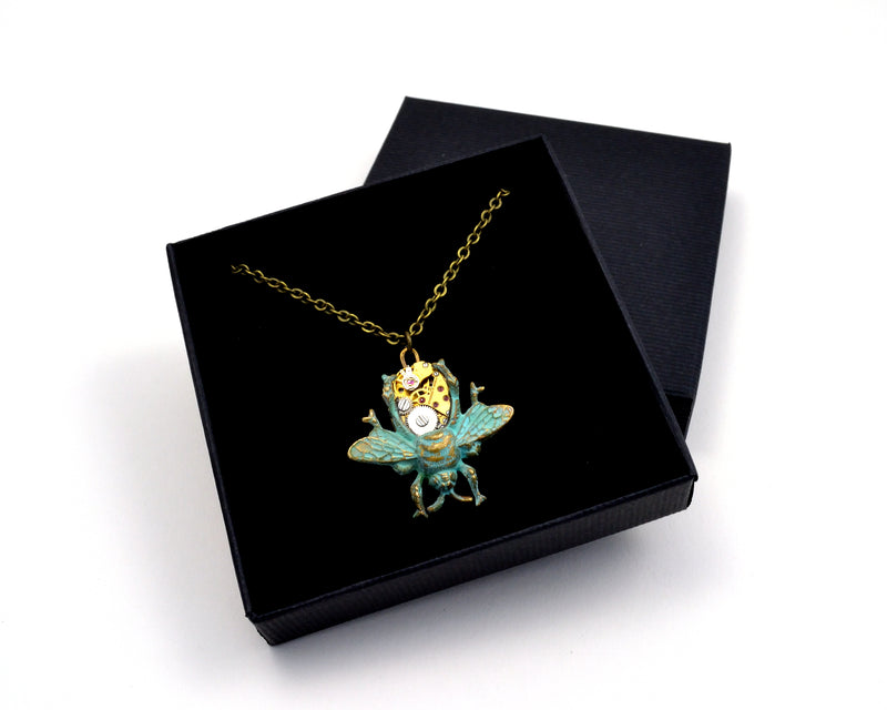 products/Green_Bee_Necklace.jpg