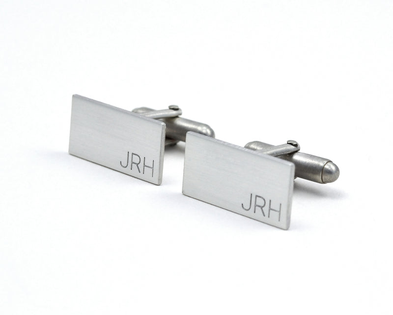 products/Minimalist_Engraved_silver_cuff_links_1.jpg