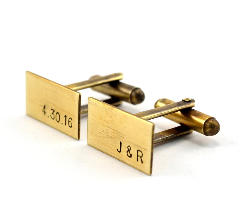 products/antiqued-brass-monogram-cuff-links-groomsmen-gift-01.jpg
