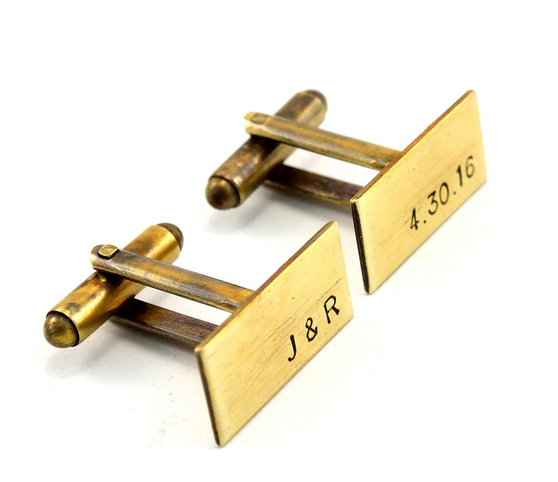 products/antiqued-brass-monogram-cuff-links-groomsmen-gift-02.jpg