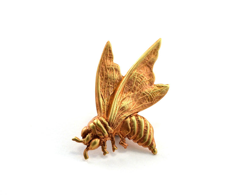 products/bee-pin-tie-tack-01.jpg