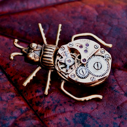 products/clockwork-beetle-pin-steampunk-bug-brooch-02.jpg