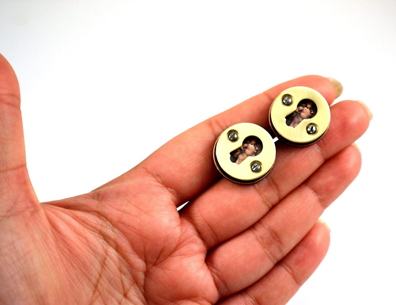 products/escutcheon-cufflinks-queen-elizabeth-ii-03.jpg